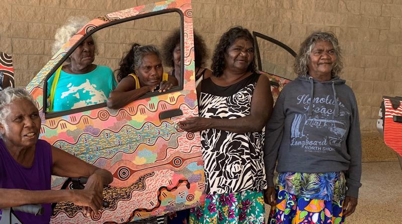 Indigenous women at art gallery